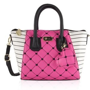 BETSEY JOHNSON  FUCHSIA/ BLACK CROSSBODY SATCHEL